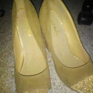 Size 9 Women's Heels