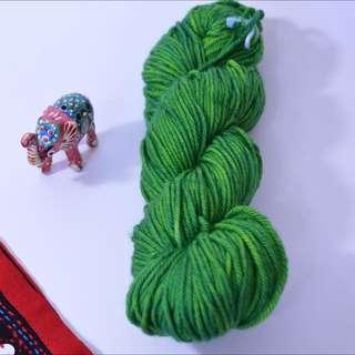 Hand Dyed Yarn | Handdyed Yarn | Superwash | Wool | Merino | Worsted weight | Hand Dyed | Skein - 50g - 175 yards (160 meters)