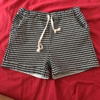 千島紋短褲