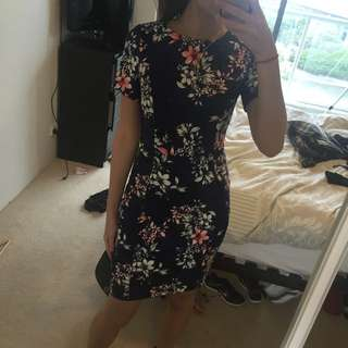 Size 8 Blue Floral New Look Dress