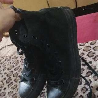 Original Converse High Cut Black Size 6