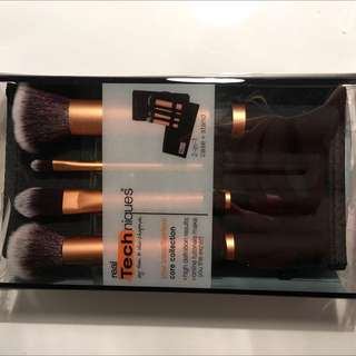Price Drop!! BNIB Authentic Real Techniques Core Collection Brush Set