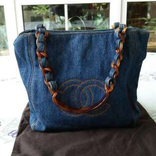 ( Hold ) Chanel Vintage Denim Bag With Tortoise Handle
