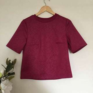 💰⬇️Pink Top With Faint Pattern Size Small