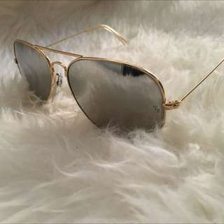 AUTHENTIC Ray Ban AVIATOR CLASSIC