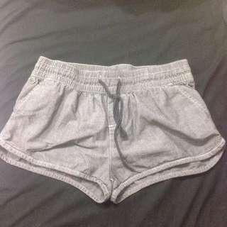 allabouteve. Shorts - Size 10