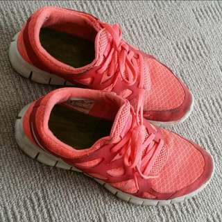 Nike running shoes~