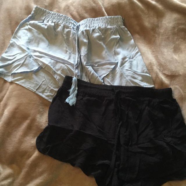 3 Flowy Shorts