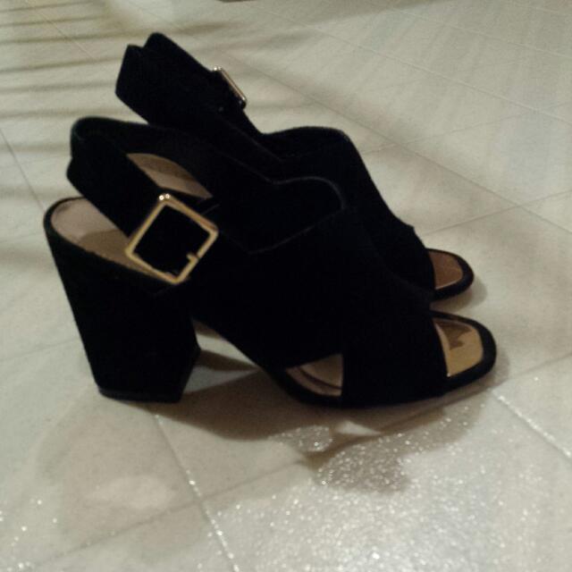 aldo suede black sandals with block heel