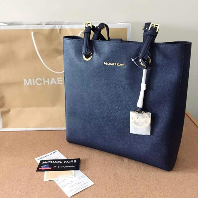 SALE! NOW Php7550! Brand New Michael Kors Tote