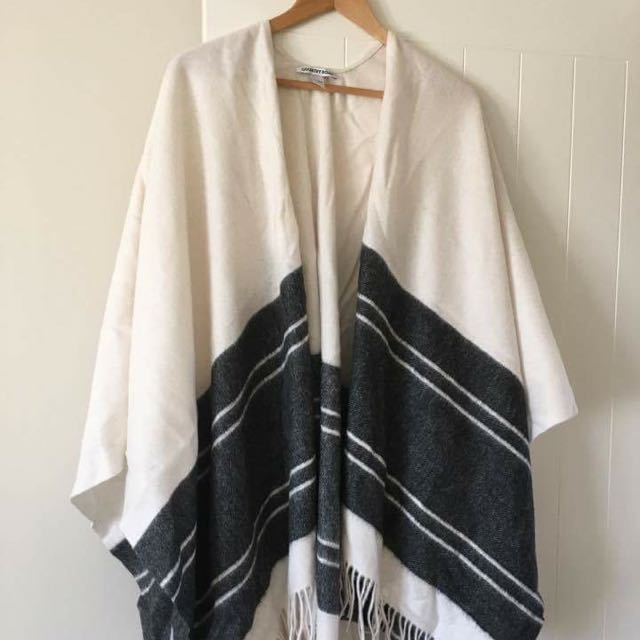 Country Road Shawl