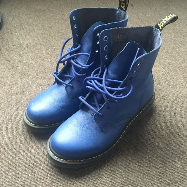 Dr Martens Blue Boosts