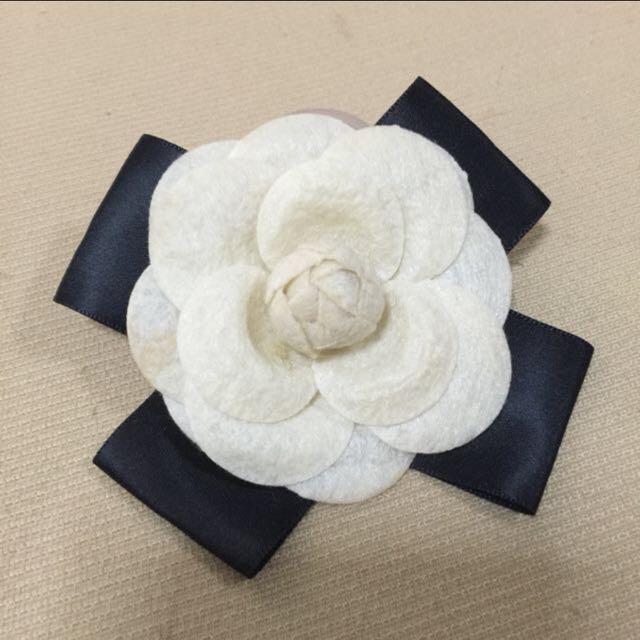 Flower Ribbon Brooch Accessory
