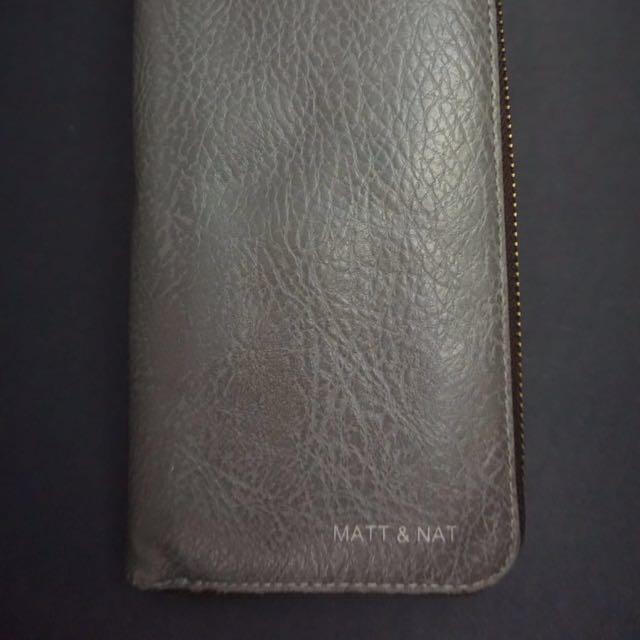 Grey Matt & Nat Crepe Paper Wallet