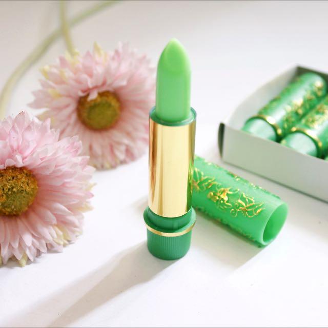 Hare Lipstick Arab