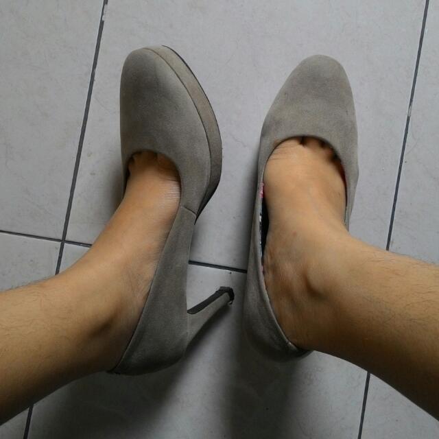 Nude Pump Heels (Urban & Co.)