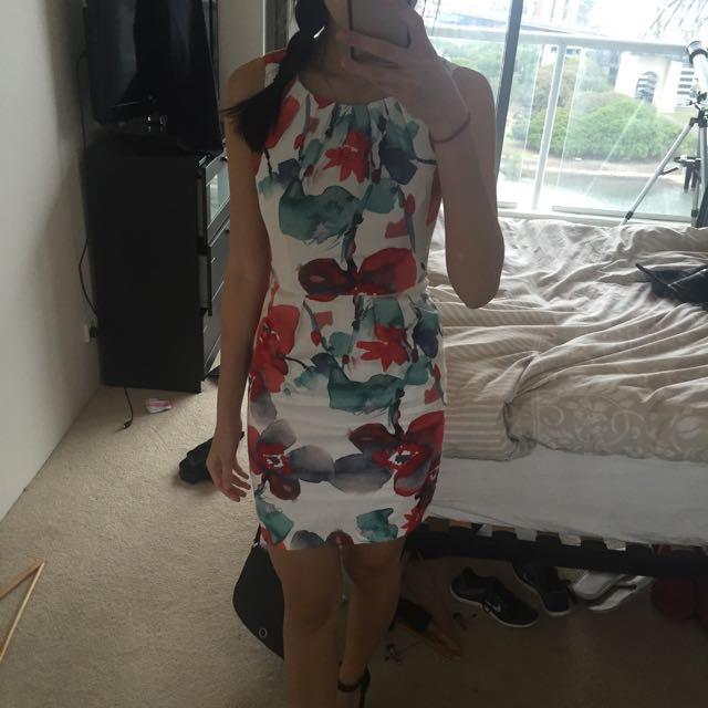 Size 6 Portmans Floral Dress
