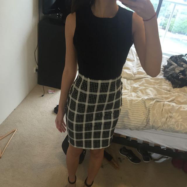 Size 8 Zalora dress
