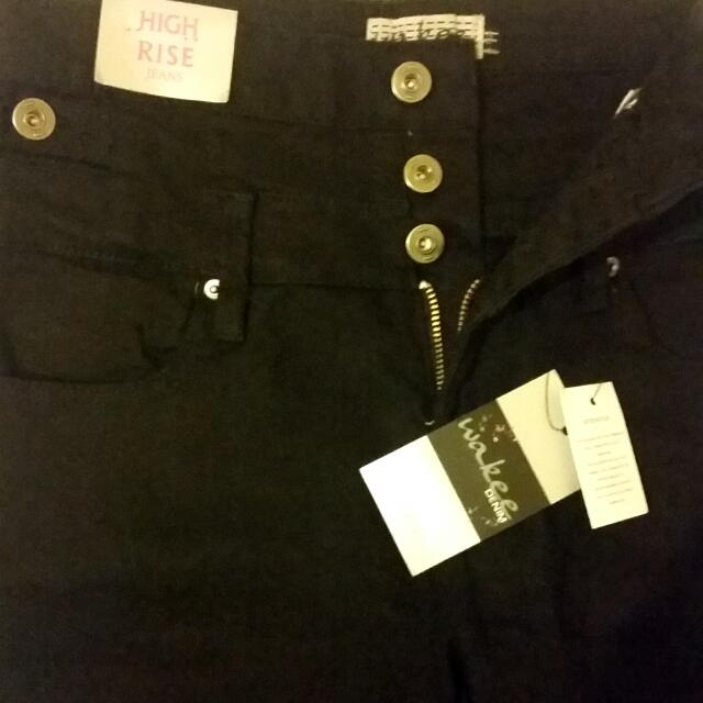 Sizee 11 High Waisted Straight Leg Jeans Never Worn - With Tags