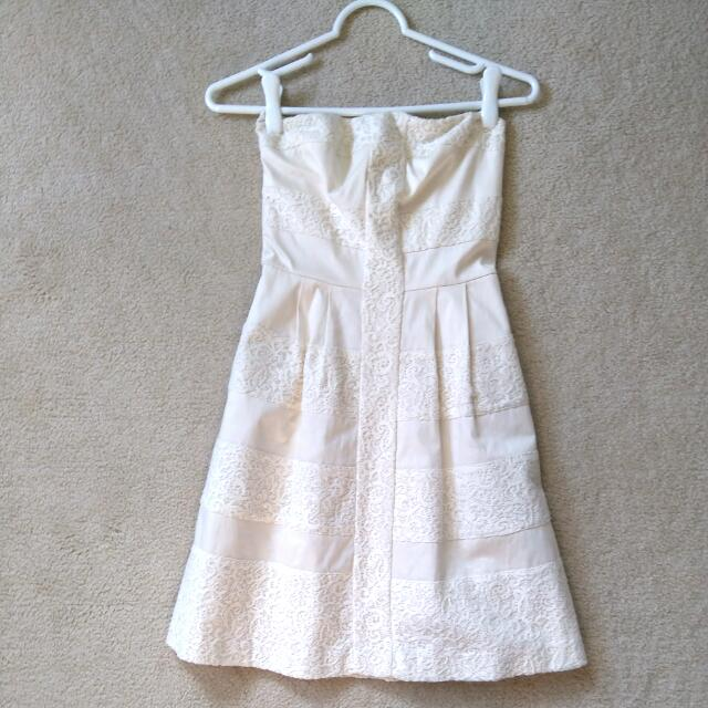 SZ 00 RW & Co. Strapless Cream Dress