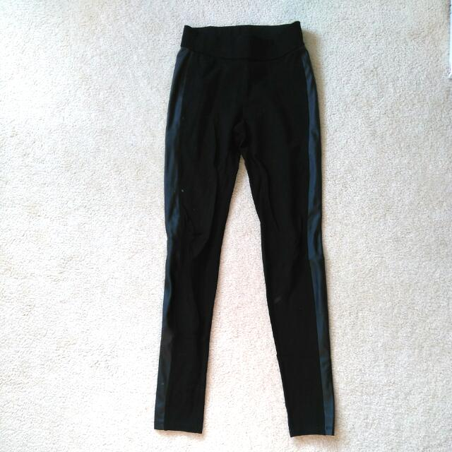 XS Dynamite Black Leggings With Pleather Side Strip