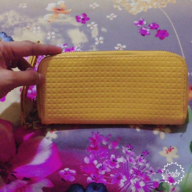 🎈 REPRICED 🎈Yellow Wallet