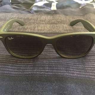 Authentic Rayban Sunglasses(unisex)