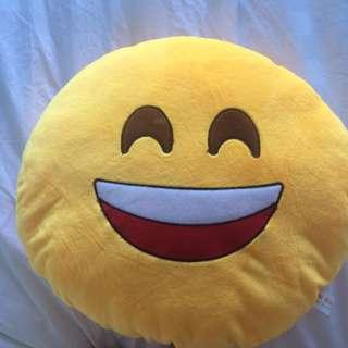 😄 Emoji pillow