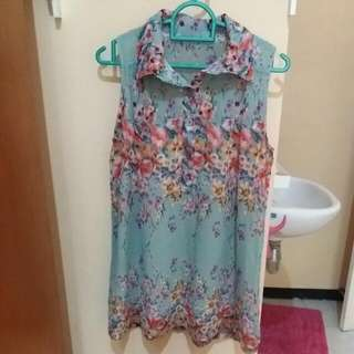 Floral Sleveless Blouse
