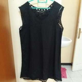 Little Lace Black Dress