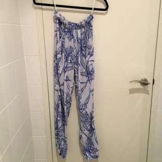Sheike Pants Blue White Size 6