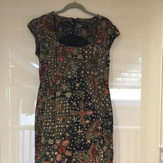 ⭐️⭐️⭐️French Connection Geometric Floral Pattern dress sz 14