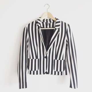 H&M - B&W Stripes Blazer