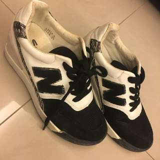 Nb鞋23半