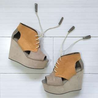H&M Japanese Lace-Up Wedge Heels