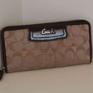 PRELOVED Coach Signature Wallet Beige (100% Authentic)