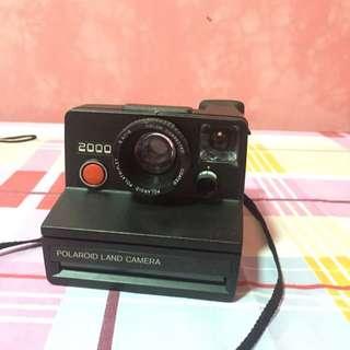 Vintage 2000 Polaroid land camera