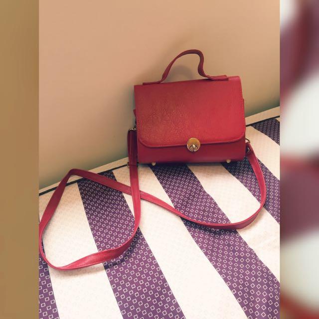 [9.5成新/含運]紅色斜背小包 可手提