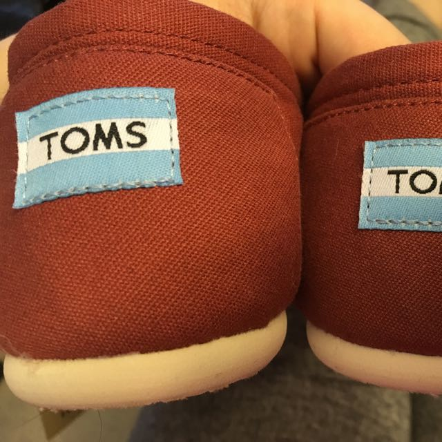 Brand New Toms Shoes! Size 8