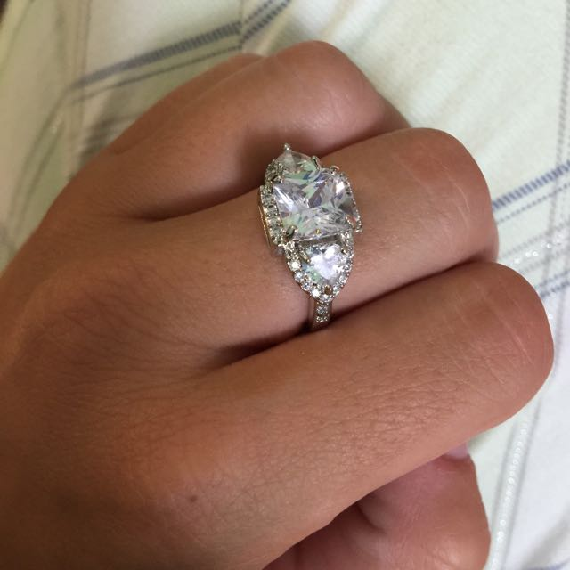 Charmed Aroma Ring (size 8)