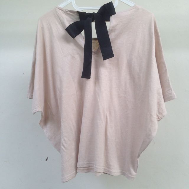 cottonink shirt with attached bow