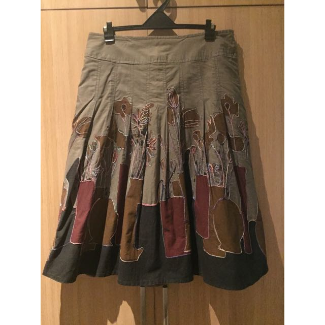 Grey With Print Pleated Skirt