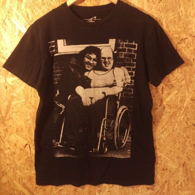 little Britain t shirt. i want that one ! M