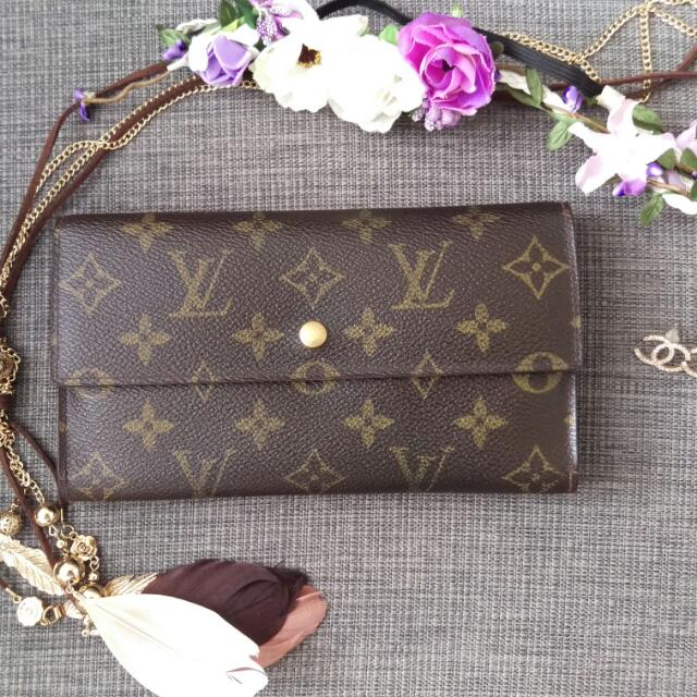 Louise Vuitton Trifold Wallet
