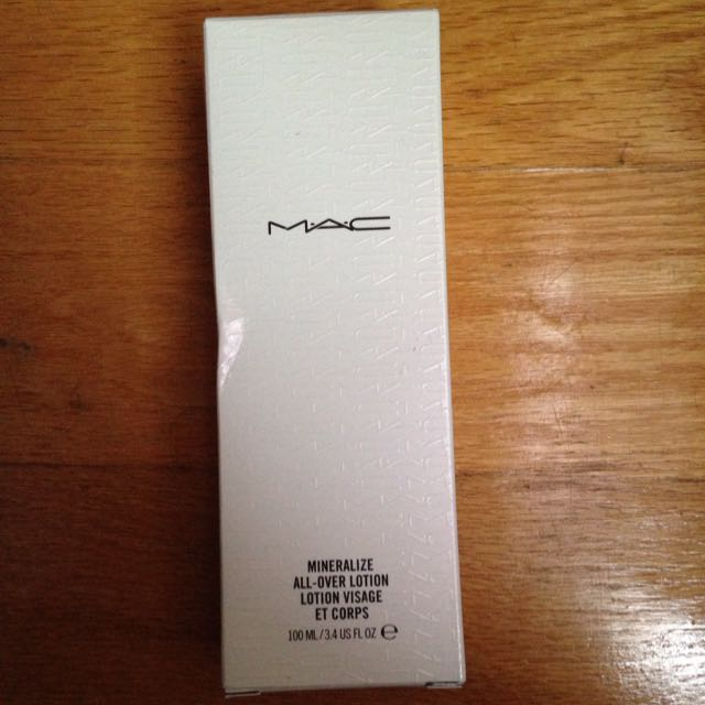 MAC mineralized Lotion
