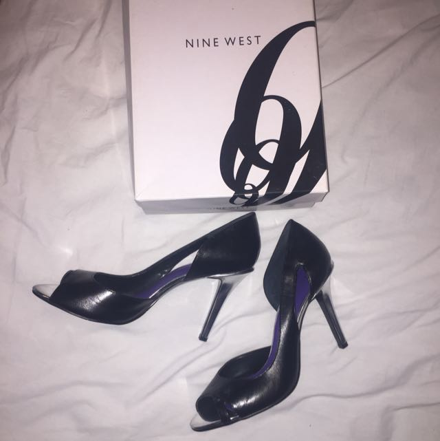 Nine West Black & Silver Heels Size 10