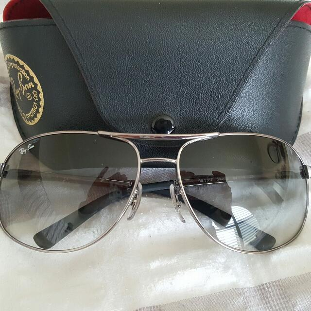 Ray Ban Aviators Grey