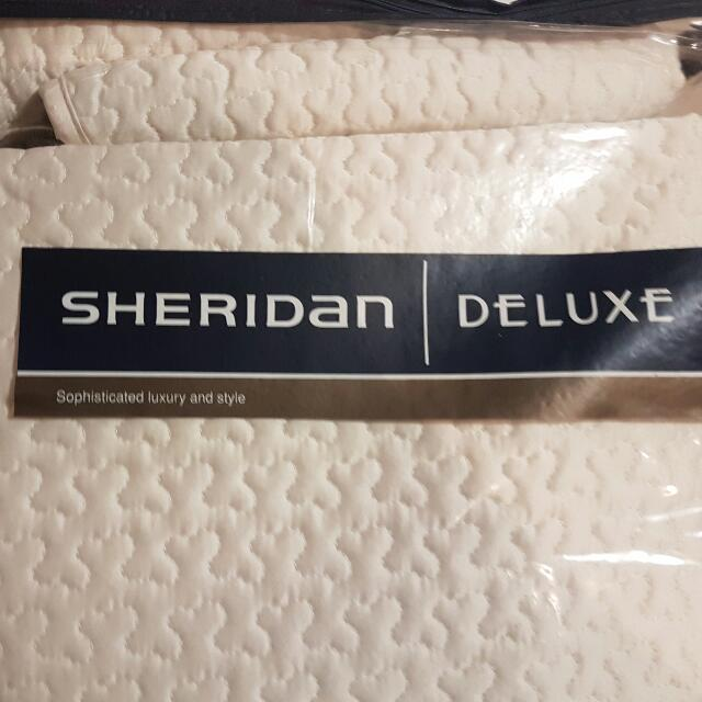 Sheridan Deluxe Quilted Coverlet