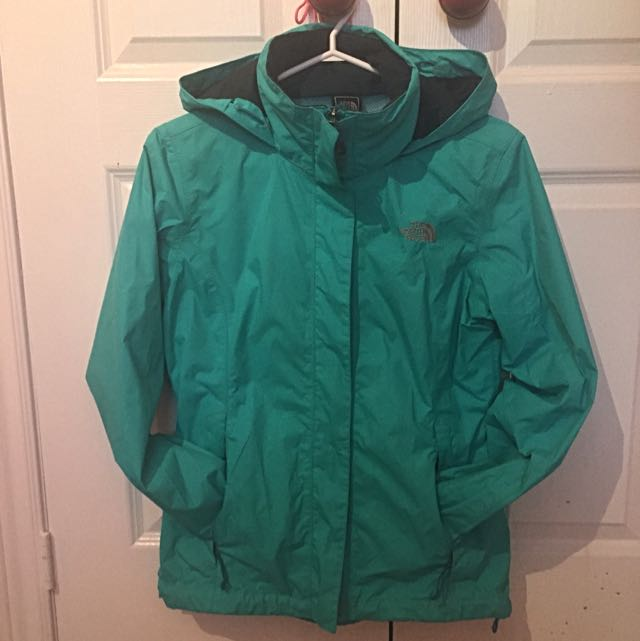 Women's North Face Resolve Jacket - Size Smal