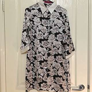 Collared Silk Buttoned Dress